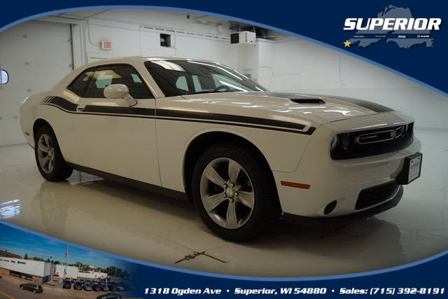 PRE-OWNED 2015 DODGE CHALLENGER SXT RWD 2D COUPE #FH900909